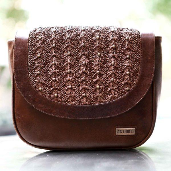 Orianne brown Saddle bag