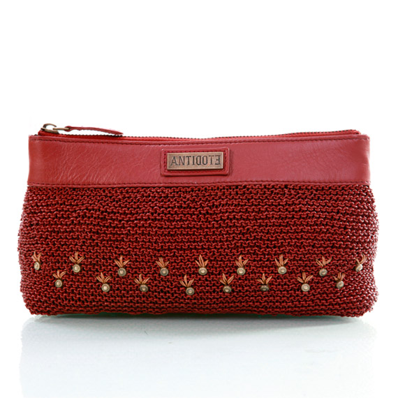 Amour fou clutch cum wristlet/brick red